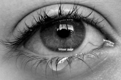 bampw-black-and-white-cry-eye-girl-Favim.com-255924