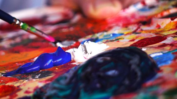 800px-Paintbrush_and_palette-1