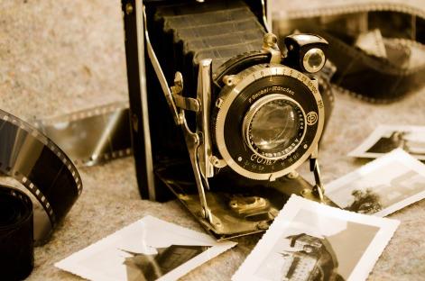 old-camera-1352392502n6P