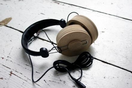 listen_carefully_5